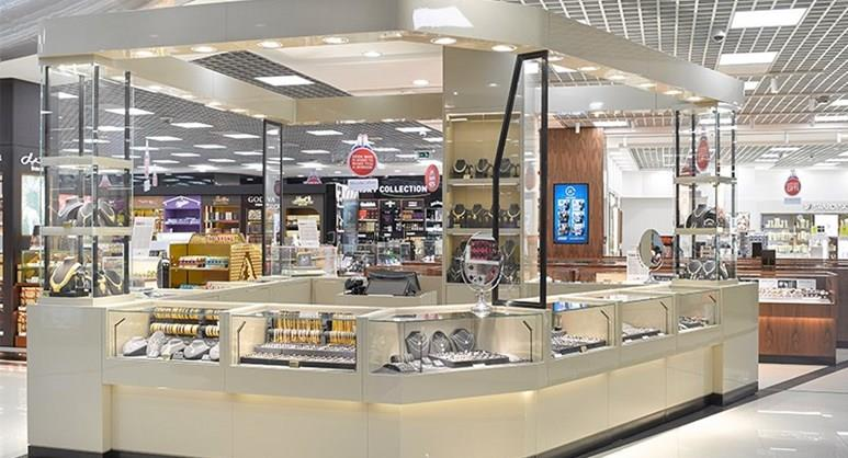 Duty Free – Gold and Watches