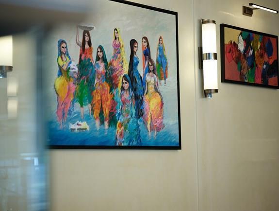 لوحات الفن التشكيلي